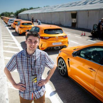 <strong><em>Volkswagen T-Roc R</em></strong> pirmais testa brauciens