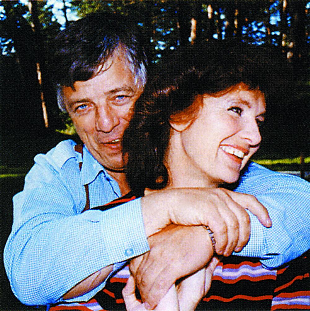 Raimonds Pauls ar sievu Lanu.
