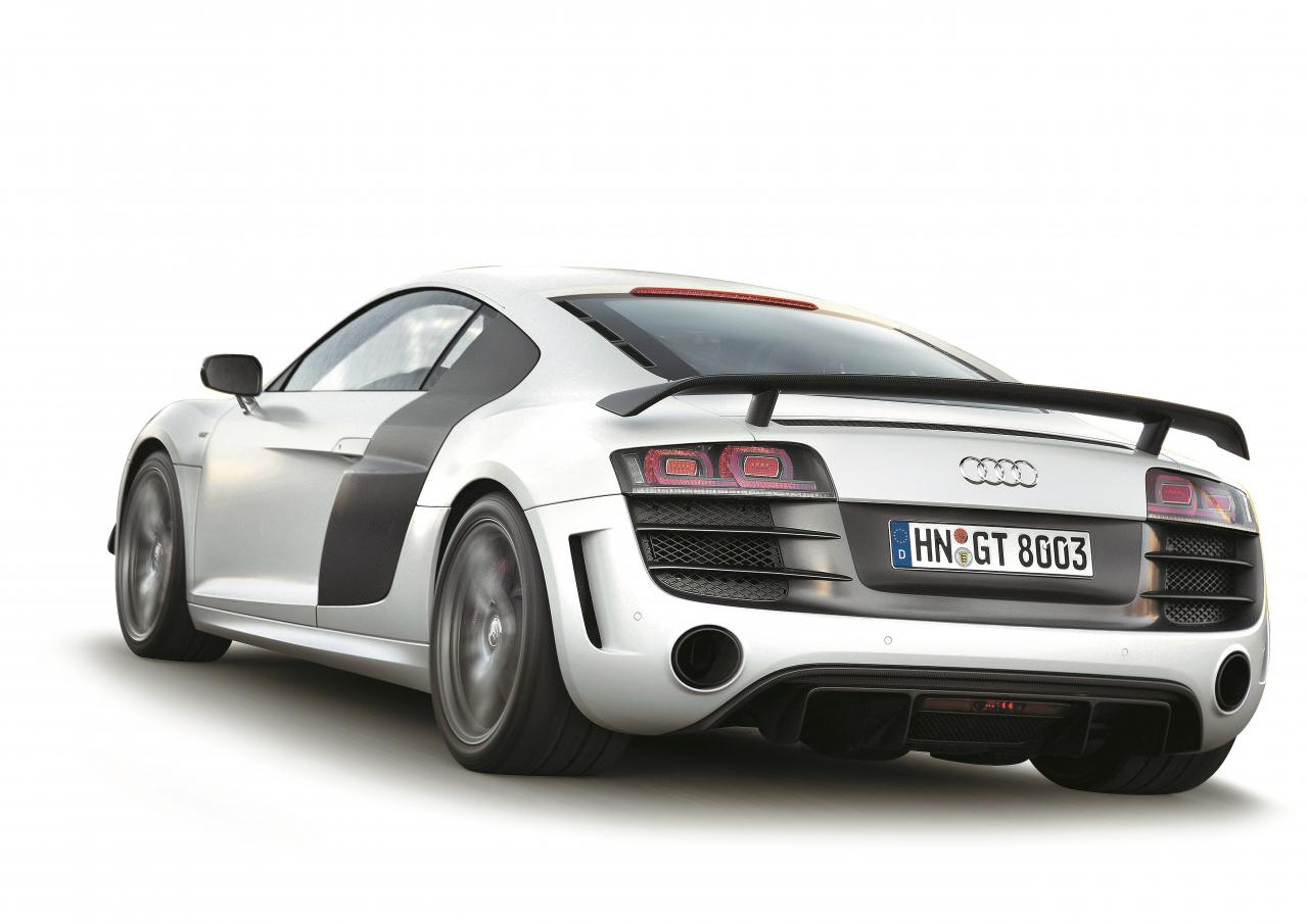 Automobilis, kas lika trūkties Porsche. Ja varat atļauties, nopērciet vienu!