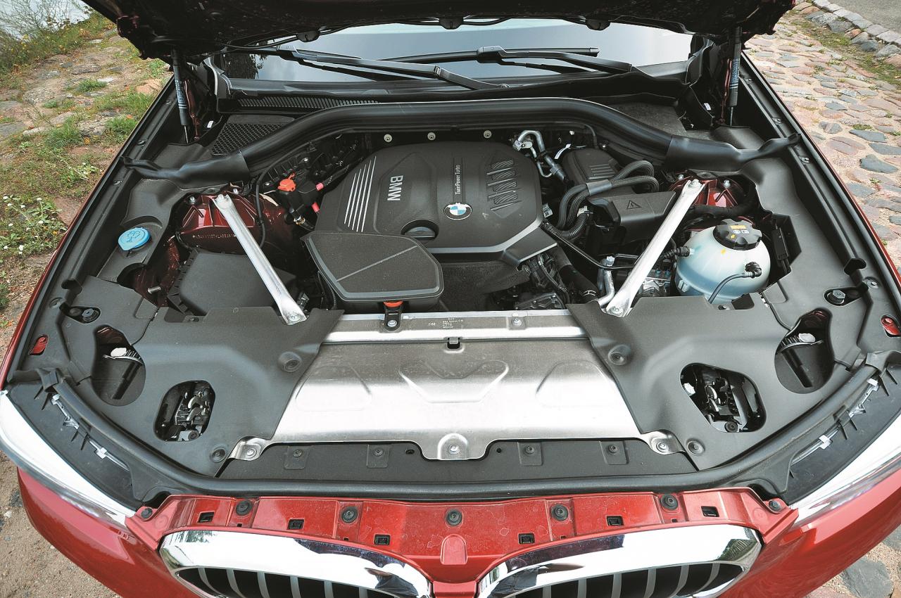 Ar 2 l dīzeļdzinēju aprīkotie X4 ir lētākie un arī ekonomiskākie degvielas patēriņa ziņā.