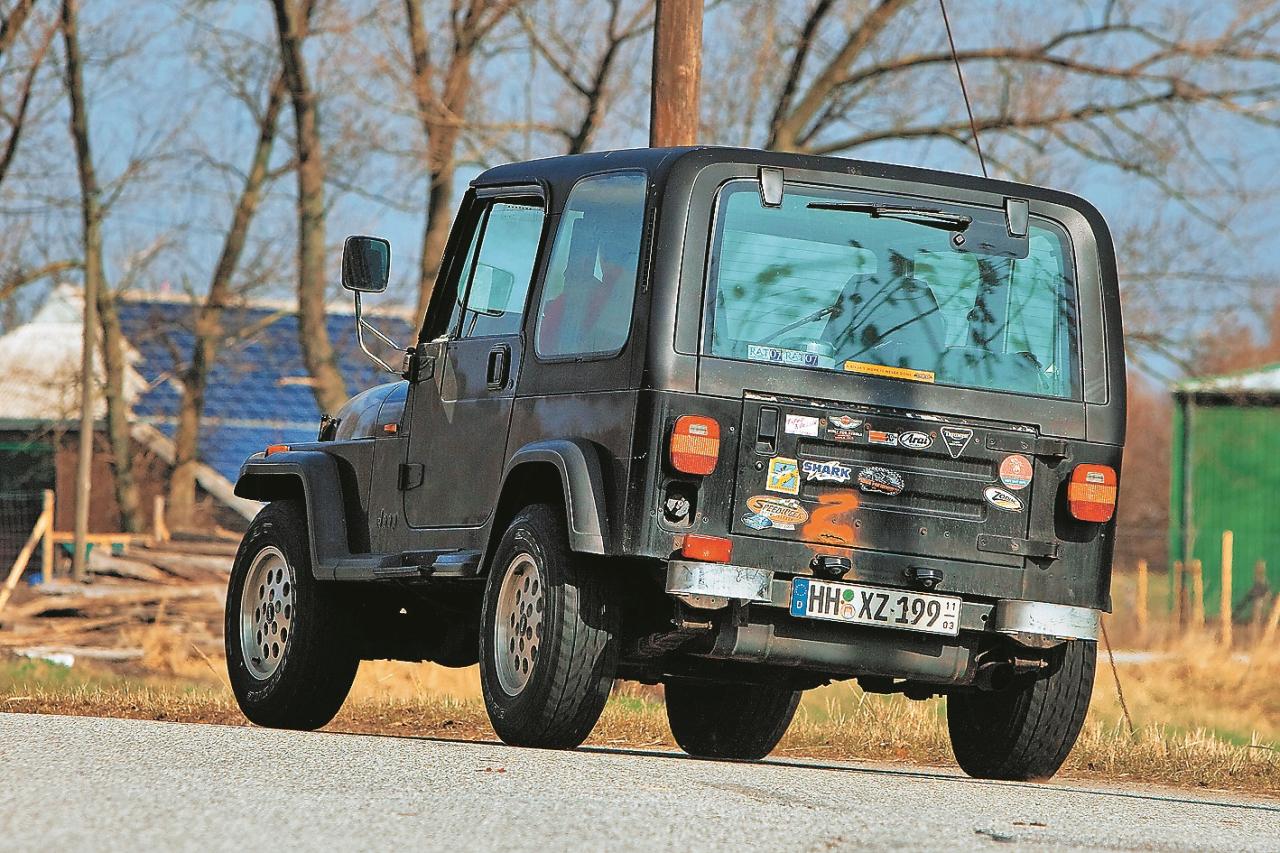 Aši pagriezieni Jeep nepatīk, tā aizmugure tad pārāk strauji sasveras