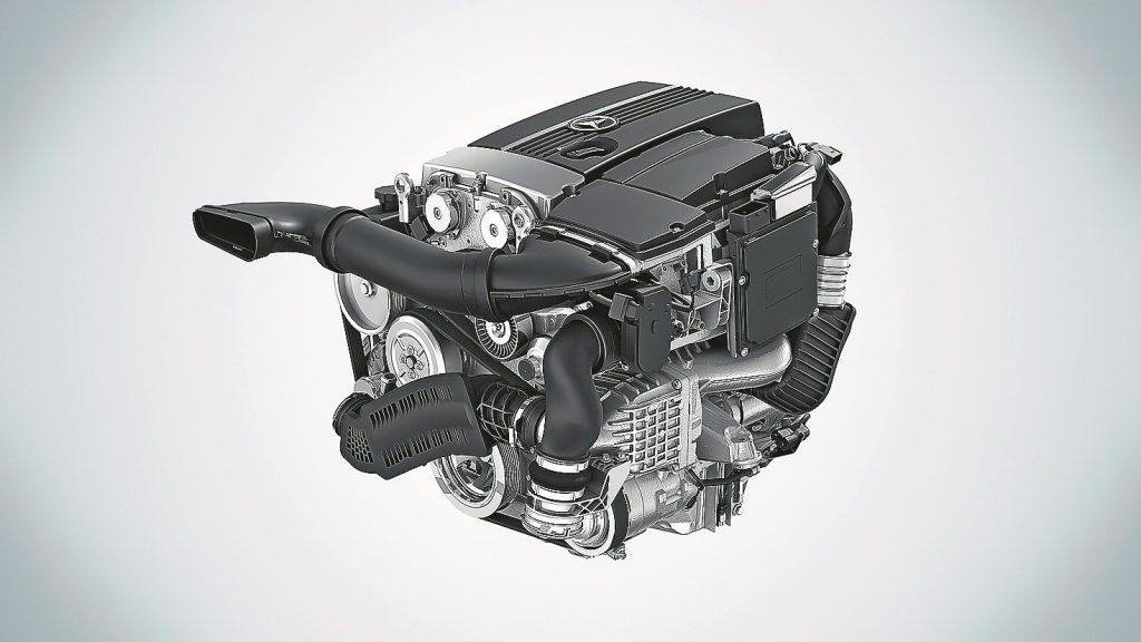 Optiski jaunais motors neatšķiras no priekšteča. Tā kā tas ir pieejam s tikai Blue Efficiency versijā, tas vienmēr būs kombinācijā ar īpaši garu sesto pārnesumu