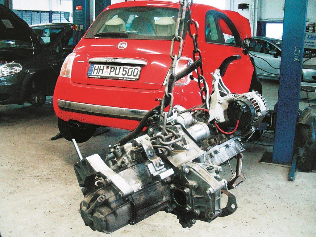 Lielākais remonts pēc 55 226 km: motors un pārnesumkārba uz āķa servisā
