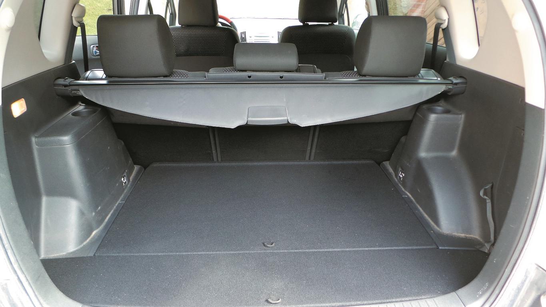 Automašīnai ar divām sēdekļu rindām bagāžas nodalījums ir plašs. Piecu sēdvietu versijai būs papildu vieta mantām zem grīdas