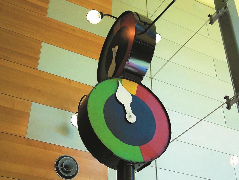 Austrālijas pilsētā Melburnā izmantoja pulkstenim līdzīgus luksoforus, kuri precīzi norādīja, kad mainīsies signāls.