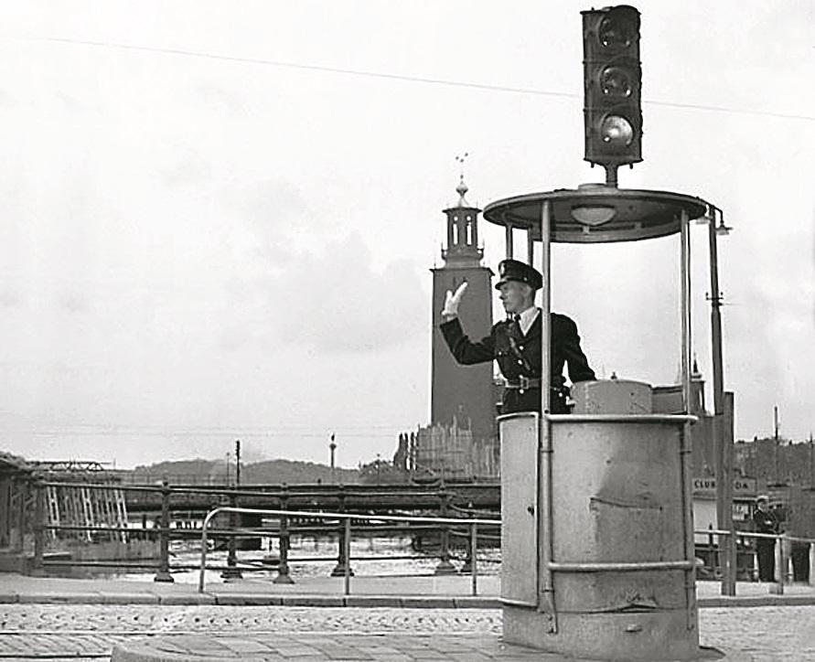 Satiksmes kontroles tornis 1953. gadā Stokholmā.