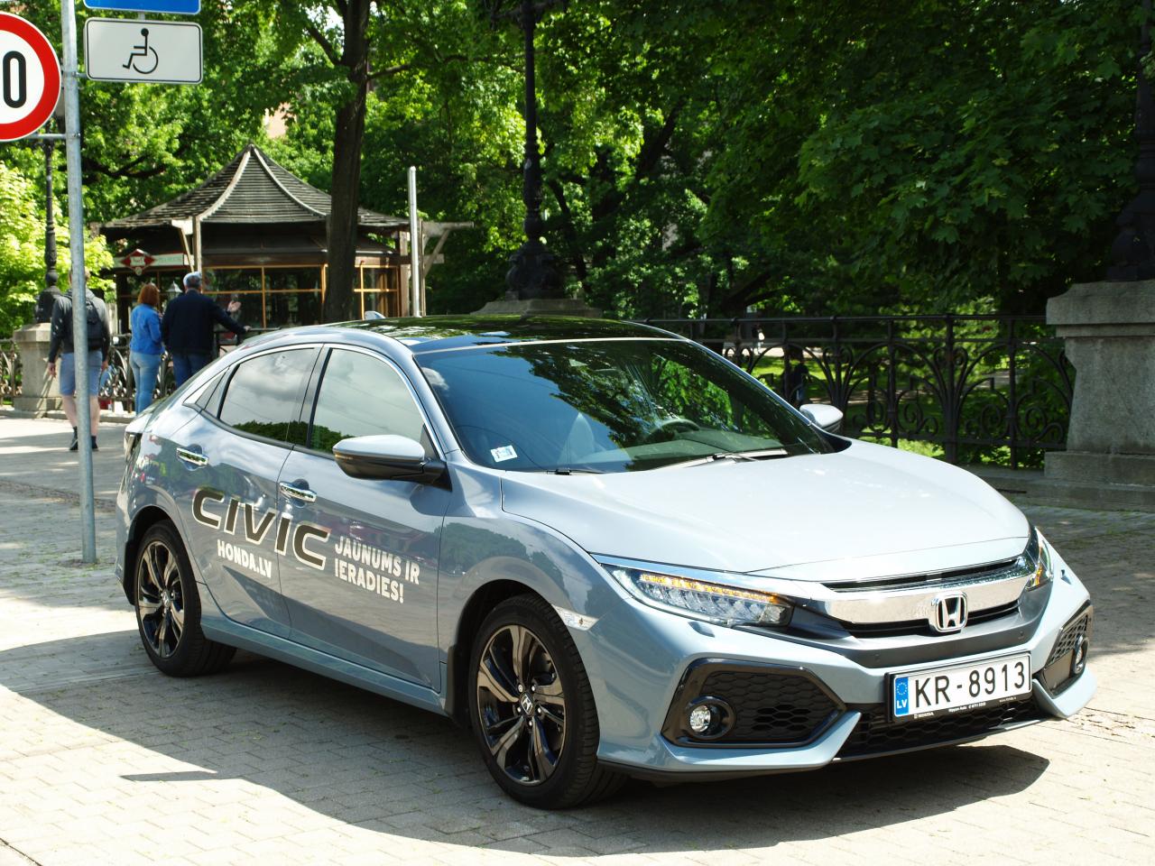 Civic šobrīd pieejams hečbeka versijā, un drīz klāstu papildinās arī sedana modifikācija.