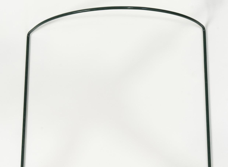 Metāla pusloka balsts, ja puķu krūms aug, piemēram, pie žoga un jābalsta tikai viena tā puse. Šādus balstus var likt divus vai vairākus, ja puķu krūms jābalsta no visām pusēm. Augstums 40 cm, diametrs 35 cm, cena – 2,06 eiro.