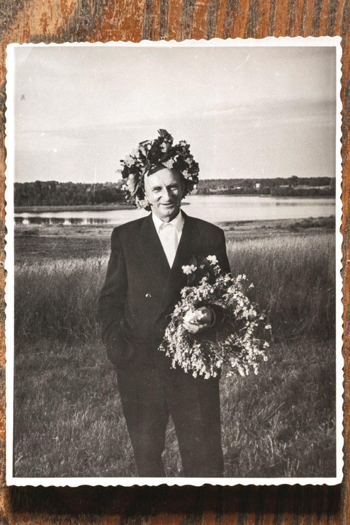 Andža ģimenē bija astoņi bērni, un mājas mantoja vecākais dēls Jānis Glāzers, kuram sievas un bērnu nebija.