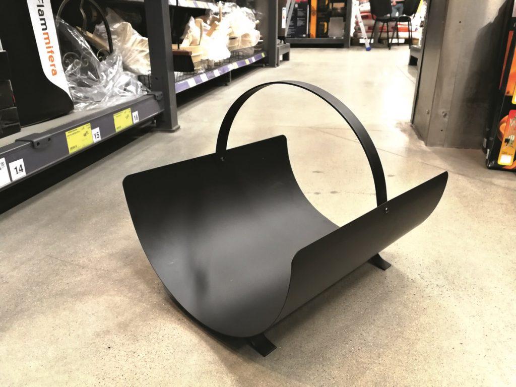Apaļi liekts metāla grozs, simpātisks dizains bez liekām detaļām. svars 2,5kg, tīri paceļams.