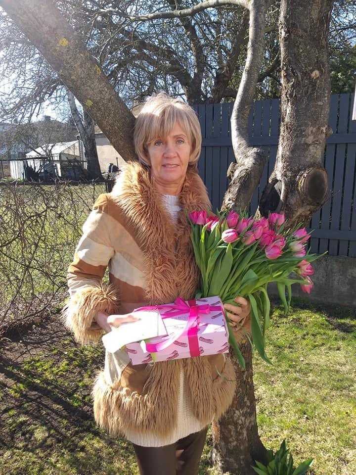 Lienes mamma DAIGA 21. martā atzīmēja 60.