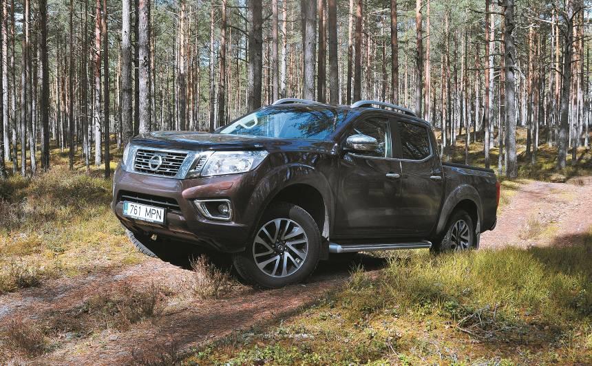 <strong><em>Nissan Navara NP300</em></strong> pirmais testa brauciens