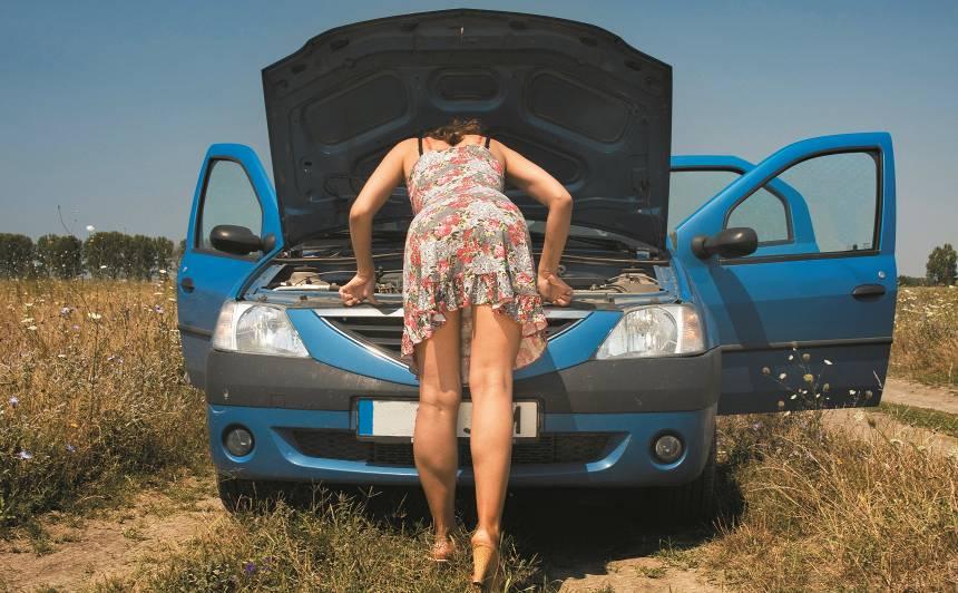 Auto un <strong>vasara</strong> – kam <strong>jāpievērš uzmanība</strong> karstajā laikā?