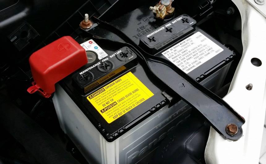 Kā pareizi nomainīt akumulatoru <strong>dažādām auto markām?</strong>