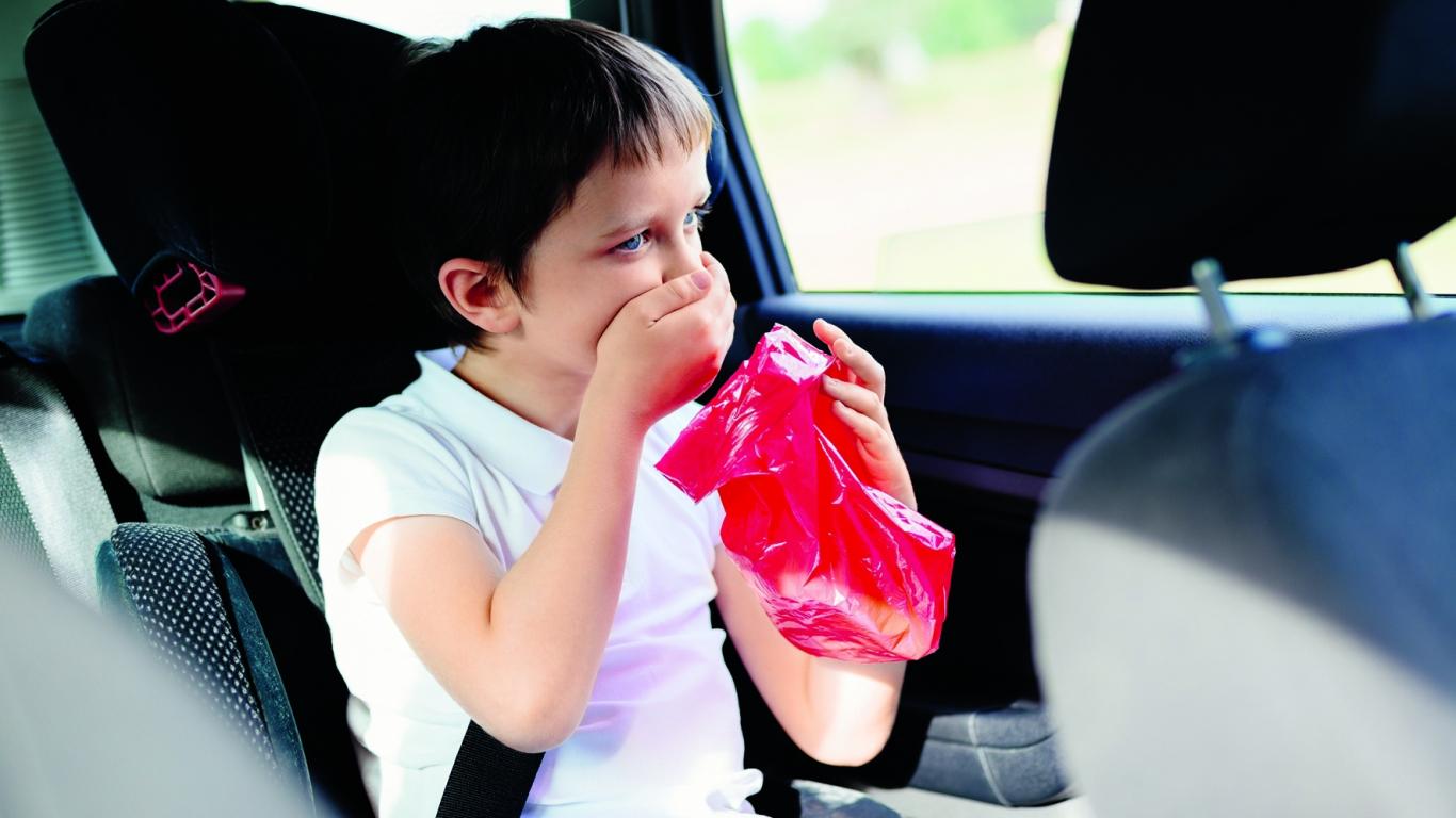 Automašīnā <strong>bērnam kļūst slikti!</strong> Ko darīt?