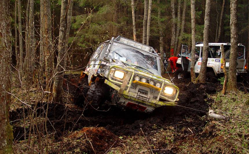 Bezceļu braukšanai <strong>piemērotākie auto</strong> un sacensību veidi