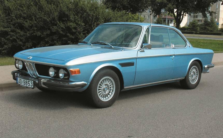 Motormuzeja retro auto — <strong>BMW 3.0 CS haizivs</strong>