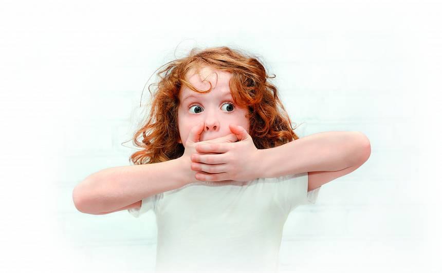 Kā reaģēt vecākiem, ja<strong> bērns runā rupjus vārdus</strong>