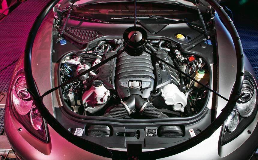 Inženieru <strong>noslēpums</strong> — kā <em>Porsche</em> iegūst lielisko izplūdes skaņu?