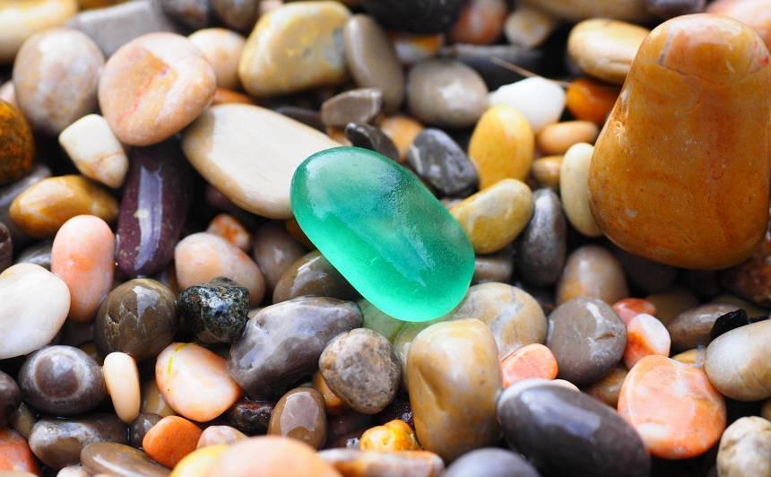 Kādus <strong>akmeņus un kristālus izvēlēties</strong> dzīves vides un pašsajūtas uzlabošanai