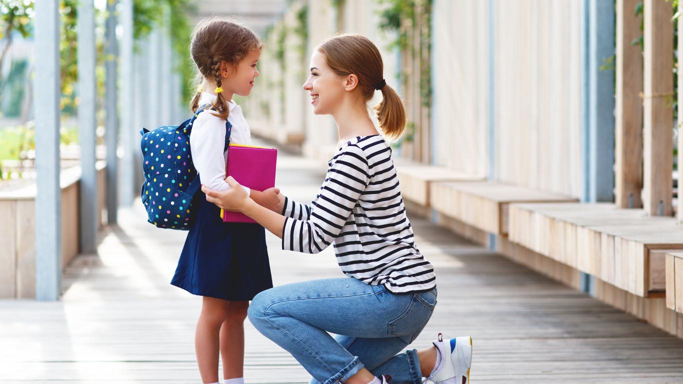 <strong>Uz skolu no 6 vai 7 gadiem?</strong> Ieteikumi vecākiem, kas šaubās!