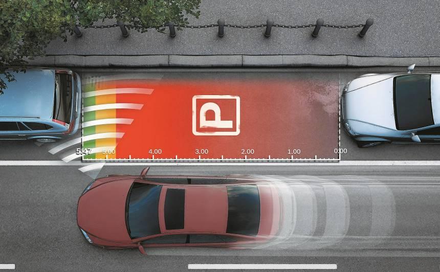 <strong>10 noderīgas</strong> auto drošības sistēmas, par kurām <strong>vērts maksāt</strong> papildus