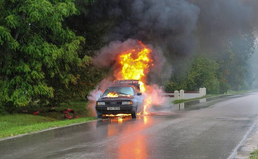Šeit braukt ir <strong>bīstami</strong> — Latvijas autoceļu melnākie punkti