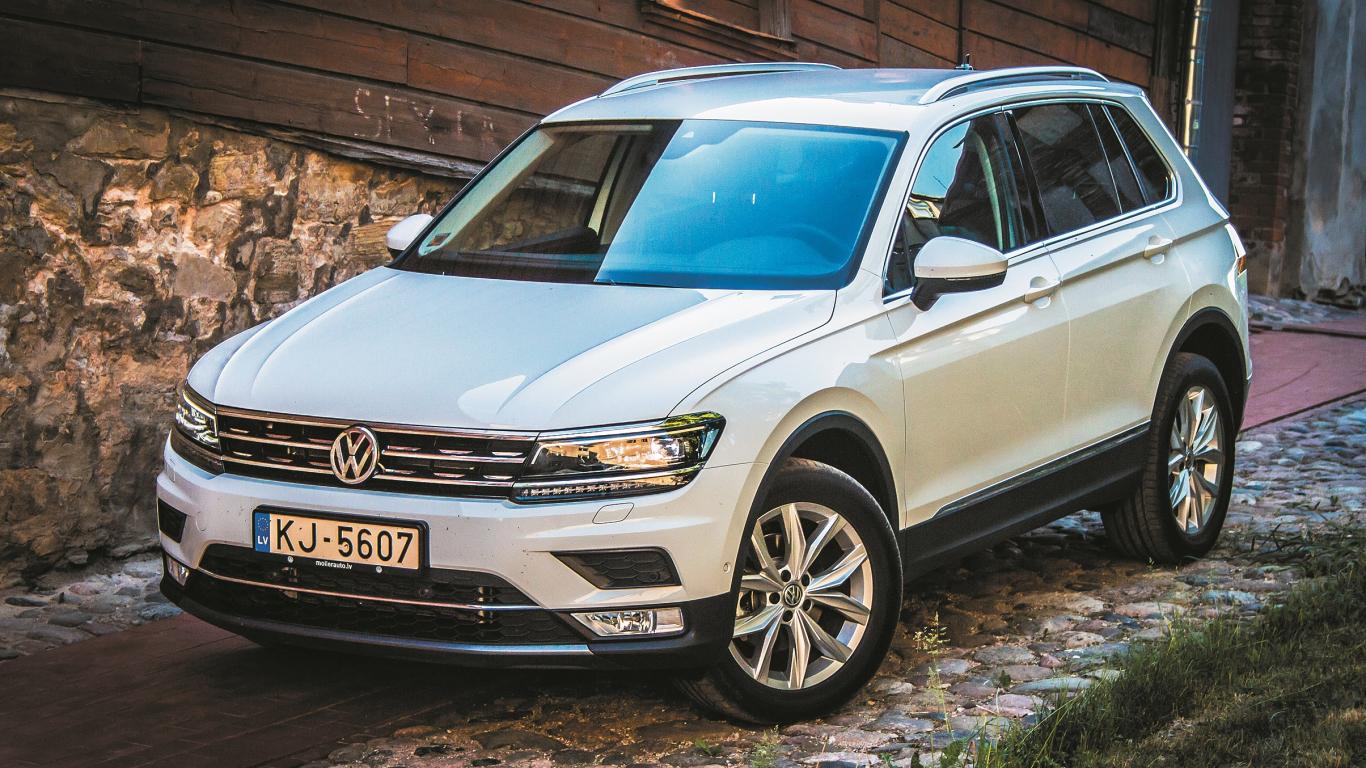 <em><strong>Volkswagen Tiguan</strong></em> pirmais testa brauciens