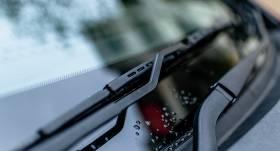 Vai ar <strong>bojātu auto vējstiklu</strong> var iziet CSDD tehnisko apskati?