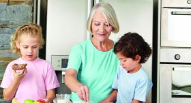 Kā sadzīvot ar <strong>vecmāmiņu</strong>?