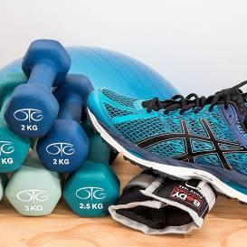 <strong>Cīņa pret vēzi</strong>: treniņprogramma, ko var izpildīt mājās