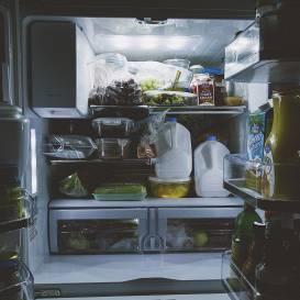 Lai <strong>jaunais ledusskapis</strong> labi kalpo un <em>nerij</em> elektrību