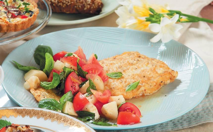 Cepta zivs ar bumbieru salātiem recepte