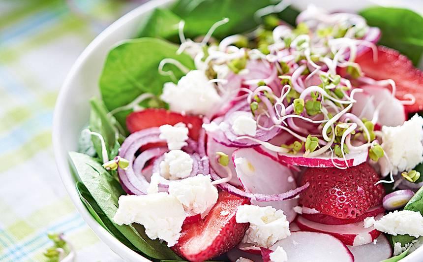 Spinātu un redīsu salāti recepte