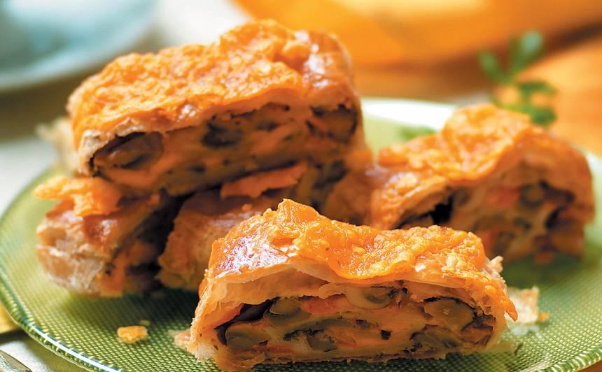 Strūdele ar sieru un sēnēm recepte