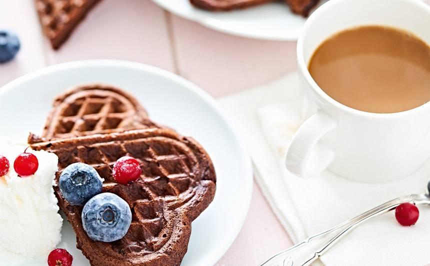 Brokastu šokolādes vafeles recepte