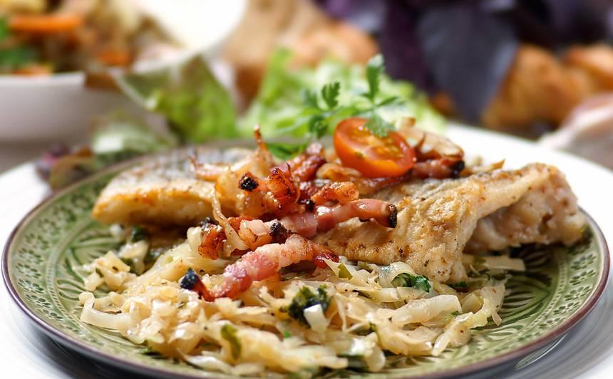 Zivs fileja kāpostos recepte