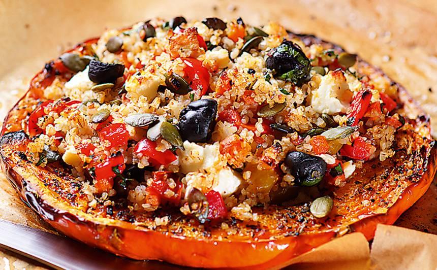 Ķirbja šķēles ar paprikas un olīvu pildījumu recepte