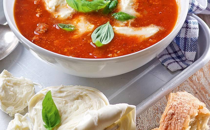 Tomātu zupa ar mocarellu receptes
