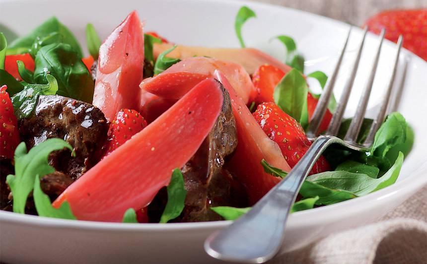 Vakariņu salāti ar rabarberiem recepte