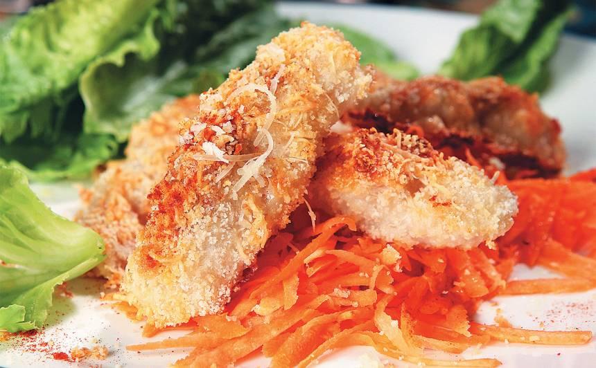 Zivs fileja ar siera un rīvmaizes garoziņu recepte