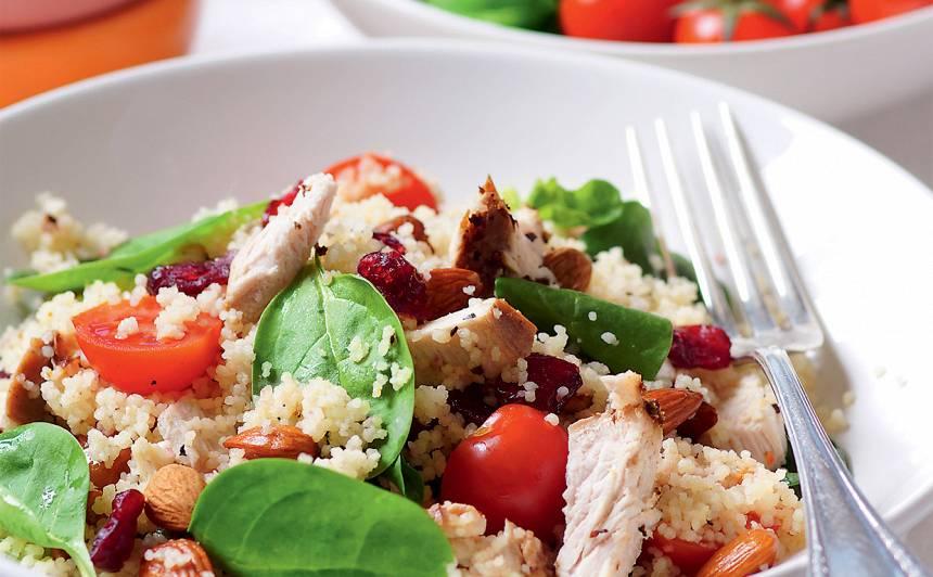 Kuskusa salāti ar tītara fileju recepte