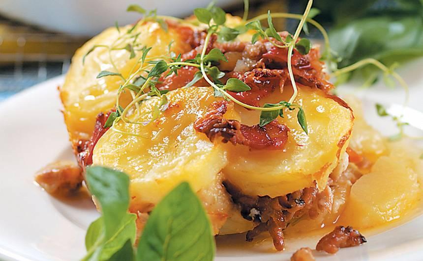 Jauno kartupeļu sacepums ar malto gaļu recepte