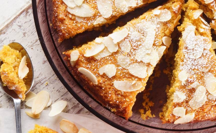 Burkānu kūka ar ingveru, bez sviesta