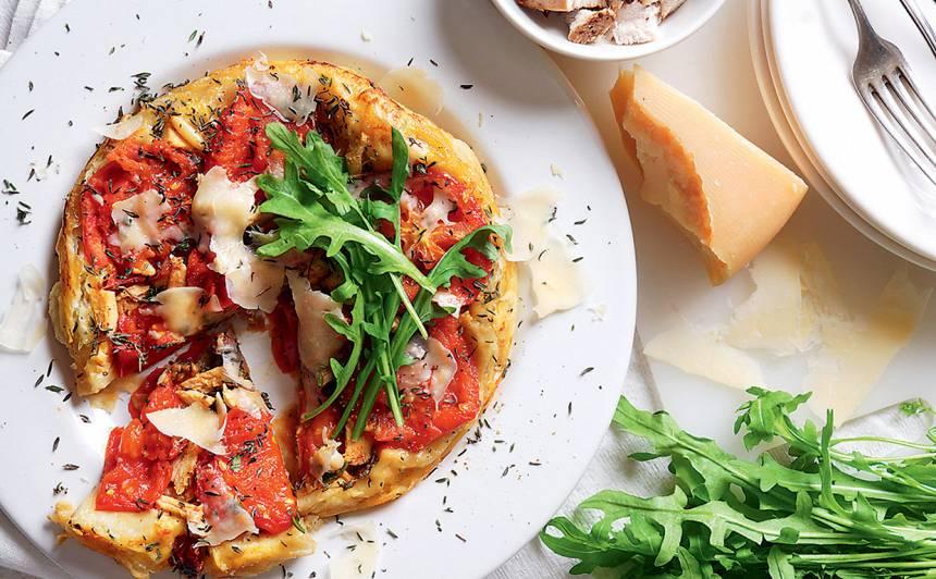 Apgāztā tomātu un tītara kūka recepte