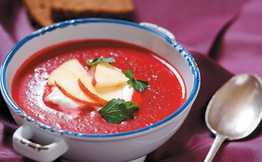 Biešu zupa ar ābolu recepte