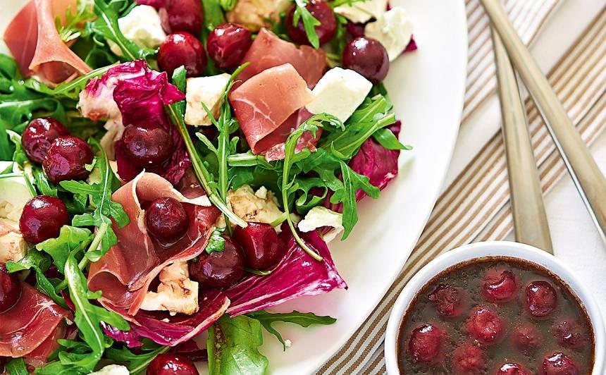 Salāti ar ķiršiem un fetu recepte