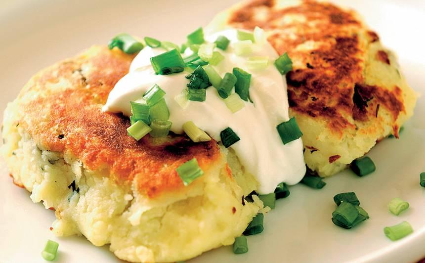 Kartupeļu veltnīši ar sēnēm recepte