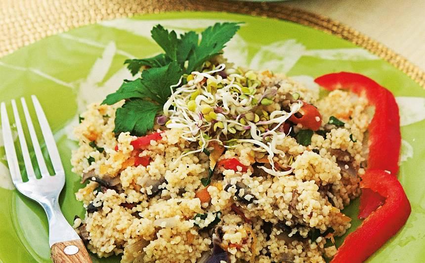 Kuskusa plovs ar salātiem recepte