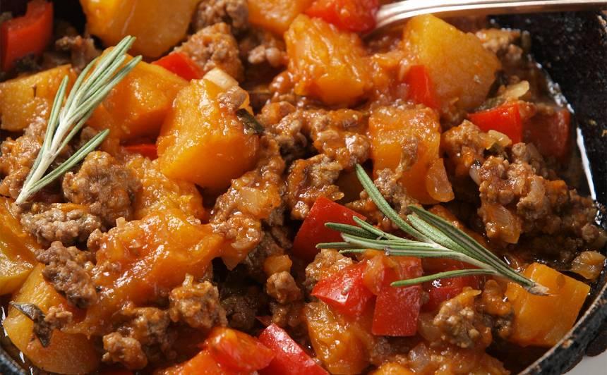 Maltā gaļa ar ķirbi recepte
